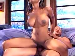 Round ass ebony beauty gets hammered