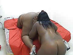 Fat ebony chicks licking hot snatch