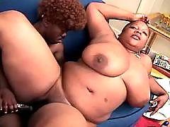 Ebony mamas fucks hard