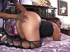 Ebony chick bends over and lets him slide his dark meat inside her asshole to milk it dry